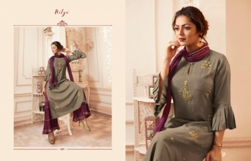 LT NITYA PRESENTS VIVANA PURE VISCOSE DESIGNER KURTI WITH BOTTOM (2) JPG